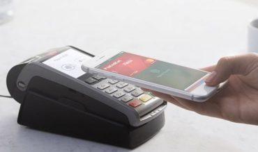 Apple Pay: da oggi in Italia arriva la rivoluzione nei pagamenti